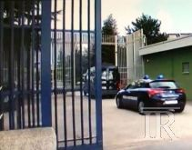 Carcere di Ariano Irpino, detenuto ingoia 17 ovuli di cocaina. È gravissimo