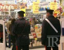Atripalda, rapina al supermercato: è caccia all'uomo armato di coltello