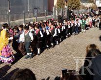 Successo e partecipazione a Cesinali con la Zeza dei bambini della scuola primaria