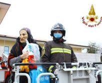 L'arrivo della Befana in Pediatria: grande gioia per i piccoli pazienti del Moscati