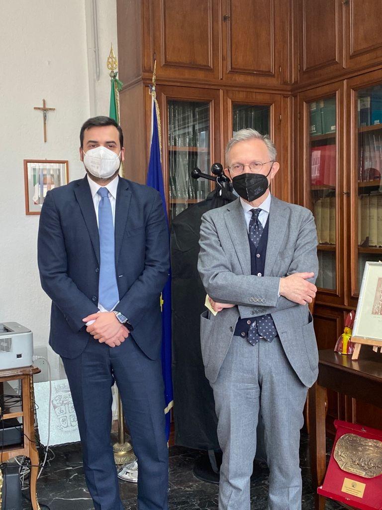 Avellino, Carlo Sibilia incontra il Procuratore Airoma