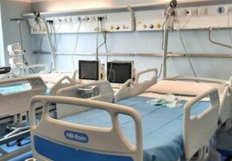 Ospedale Moscati, cala il numero di ricoveri per Covid e si svuotano i reparti