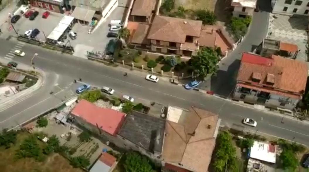 Maxi blitz nel Vallo Lauro, scoperto mini bunker in un'abitazione. Sequestrate armi e munizioni
