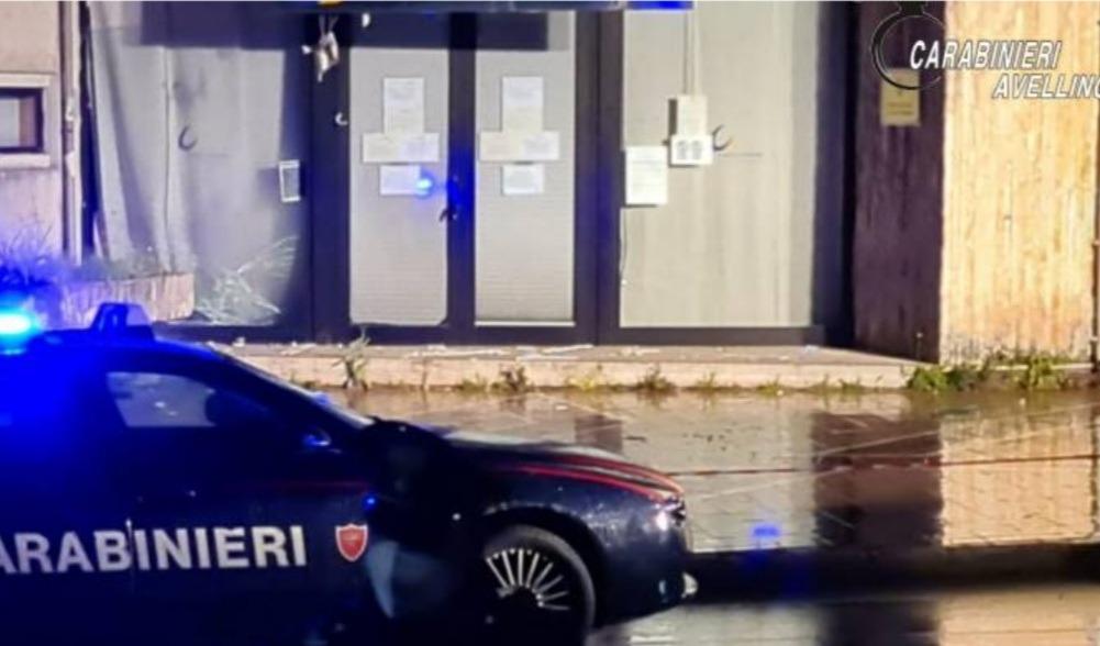 Bomba al centro per l'impiego, arrestati 2 terroristi avellinesi