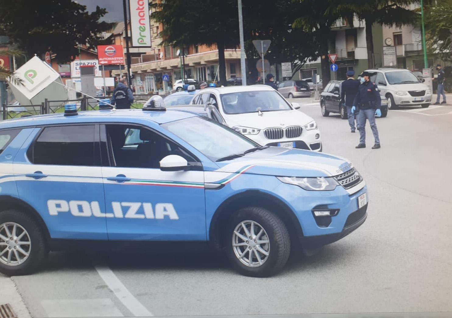 Avellino-Latina, scontri tra ultrà: sassi contro i bus dei tifosi
