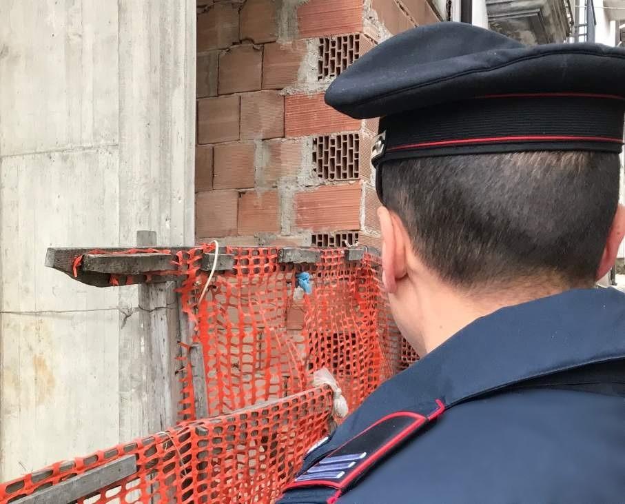 Controlli in un cantiere edile di Summonte, 7 denunce. Multe per oltre 57mila euro